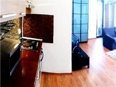 Inchiriere apartament cochet in cladire 2008 Piata Dorobanti/Beller