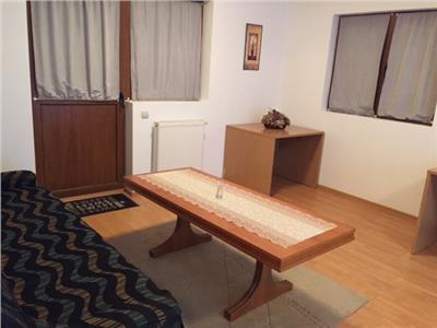 Inchiriere apartament de lux, 3 camere, in vila, zona Bd Bucuresti