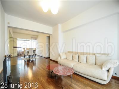 Inchiriere apartament de lux de 3 camere  100mp Piata Unirii