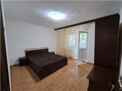 Inchiriere apartament doua camere Nerva Traian-Unirii-loc de parcare