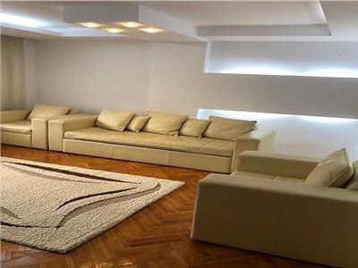 Inchiriere apartament doua camere, zona Ultracentrala, Ploiesti.
