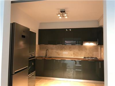 Inchiriere apartament lux,,imobil nou Ploiesti, zona  Ultracentral