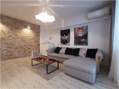 Inchiriere apartament 3 camere lux Ploiesti, zona Parcul Mihai Viteazu