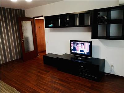 Inchiriere apartament 3 camere, decomandat, zona Republicii, Ploiesti