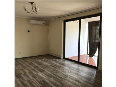 Inchiriere apartament nemobilat, 2 camere, Ploiesti, Ultracentral