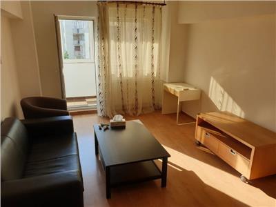 Inchiriere apartament  renovat 3 camere situat pe Calea  Mosilor
