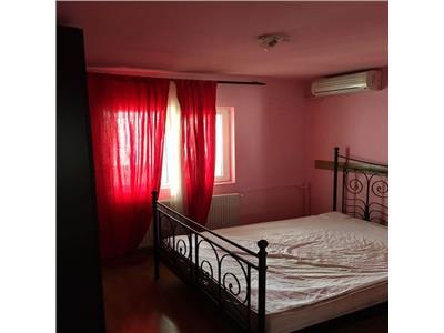 Inchiriere apartament trei camere decebal