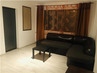 Inchiriere apartamet 2 camere, semidecomadat, zona Vest, Ploiesti.