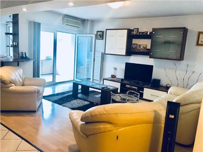 Inchiriere apartamnet 3 camere, zona Ultracentrala, in Ploiesti.