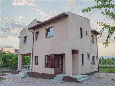 Inchiriere casa 6 camere, pentru muncitori, in Tatarani