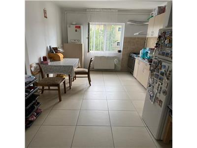 Inchiriere apartament 2 camere decomandat targoviste