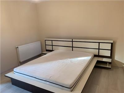 Inchiriere casa moderna, 3 camere, in Ploiesti, zona Centrala
