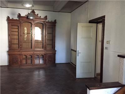 Inchiriere casa pentru spatiu birouri, in Ploiesti, zona Ultracentrala
