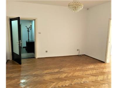 Inchiriere parter 4 camere perfect pentru birouri/resedinta Icoanei