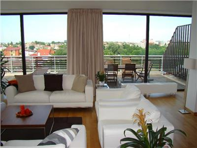 Apartament tip penthouse baneasa lake view