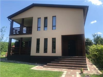 Inchiriere vila 4 camere, in Bucov, la 5 km de Ploiesti