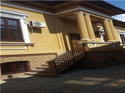Inchiriere vila interbelica generoasa, renovata ideal birouri