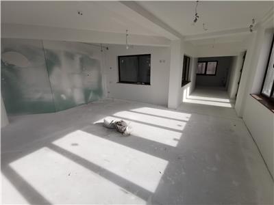 Inchiriere vila  S+P+E, 6 camere, Strejnicu