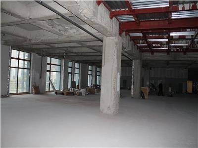Inchiriez 3250 mp - spatii de birouri in centrul civic al brasovului