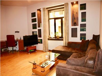 Inchiriez apartament 2 camere strada castelului colt cu michael weiss