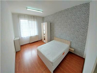 Inchiriez apartament 4 camere tudor complet mobilat si utilat