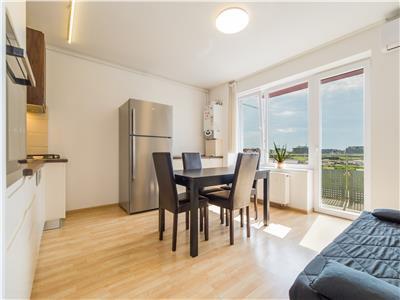 Inchiriez apartament cu 2 camere cochet, cu parcare+boxa, zona coresi