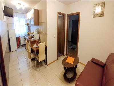 Inchiriez apartament cu 2 camere mobilat modern in Dambu