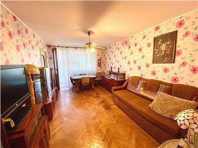 Inchiriez apartament cu 2 camere, mobilat si utilat, zona Cornisa