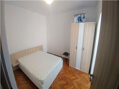 Inchiriez apartament cu 3 camere,7 Noiembrie la 4 minute de UMF