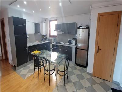 Vand apartament cu 3 camere pe str.mimozelor, complet mobilat
