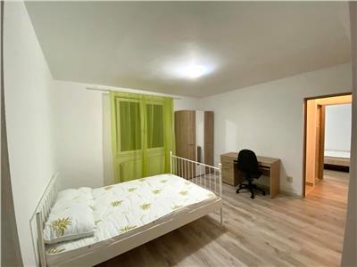 Inchiriez apartament cu 4 camere in 7 NOIEMBRIE la 4 minute de UMF