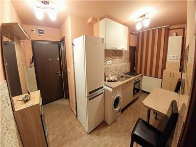 Inchiriez apartament 2 camere ultracentral complet mobilat