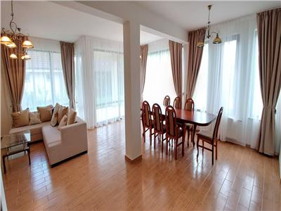 Inchiriez casa cu 4 camere complet mobilata in Livezeni