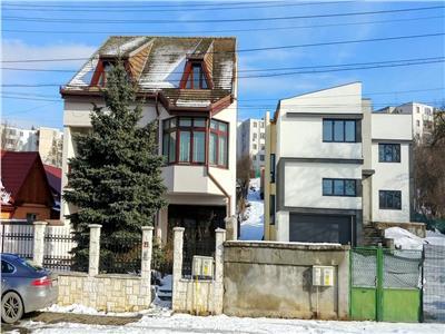 Inchiriez casa Str Mestecanisului,420mp ideala pt.Clinica,Birouri, etc