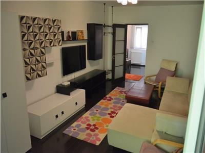Lux apartament 3 camere titulescu, primul chirias! negociabil!!!