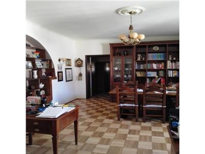 Maria Rosetti, apartament 5 camere in vila