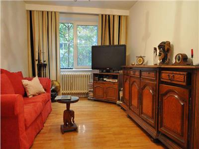 Oferta apartament 3 camere decomandat, crangasi, ceahlau