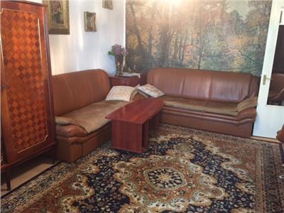 Oferta  vanzare apartament 3 camere ploisti, zona ultracentral