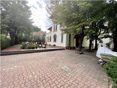 Oportunitate de investitie, casa 10 camere, in Ploiesti, ultracentral