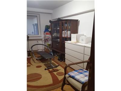 Plaza Romania apartament 3 camere de vanzare