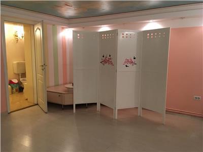 De vanzare apartament 2 camere pentru masaj, zona centrala.