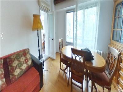 Se vinde apartament intim, zona boema-cartierul Vatra Luminoasa
