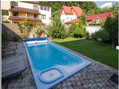 Snagov,Vila P+1+M cu piscina,6 cam,teren 540 mp