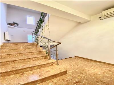 Spatiu birouri in vila, 2 etaje, 6 camere, zona centrala, ploiesti