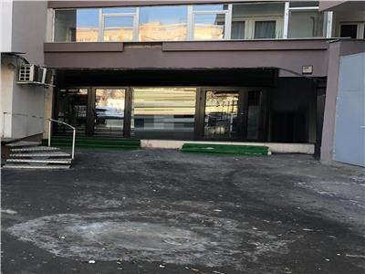 Spatiu comercial de inchiriat Bd Iuliu Maniu zona metrou Gorjului