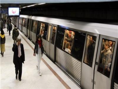 Spatiu comercial de inchiriat incinta metrou Universitate