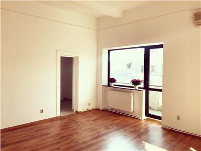 Spatiu comercial / birou / apartament - romana