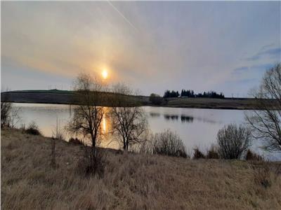 Teren Superb cu Deschidere la Lac (30 min de Bucuresti, asfalt+curent)