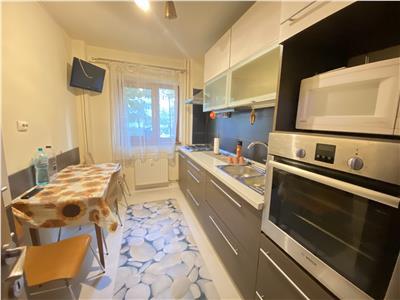 Apartament 2 camere decomandat, 5 minute metrou Nicolae Grigorescu