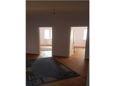 Unic in ploiesti apartament 5 camere decomandat ultracentral 130 mp